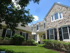 307 Applebrook Dr, Malvern, PA 19355
