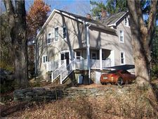 7 Wormwood Hill Rd, Mansfield, CT 06250