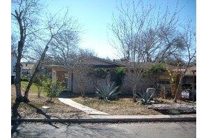 414 Scotty Dr, San Antonio, TX 78227