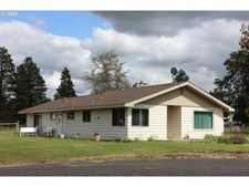 49667 River Rd, Pendleton, OR 97801