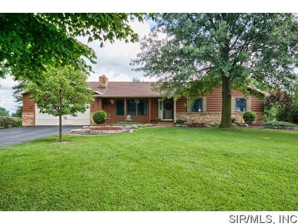 5410 springfield dr edwardsville il 62025 home for