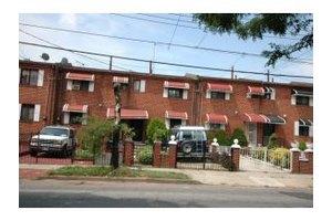 616 Sackman St, Brooklyn, NY 11212