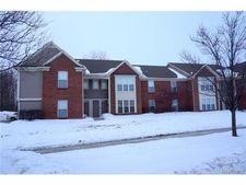 51843 Adler Park Dr E, Chesterfield Township, MI 48051