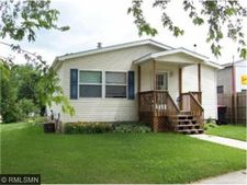 105 N 6th St, Henderson, MN 56044