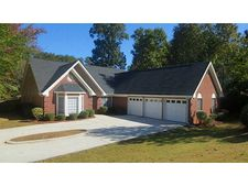 471 Thornbush Trce, Lawrenceville, GA 30046