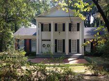810 Oak Grove Rd, Tupelo, MS 38804