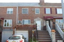 6323 77th St, Middle Village, NY 11379