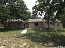 154 Black Jack Rd, La Vernia, TX 78121