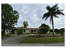300 Leafwood Rd, Tarpon Springs, FL 34689