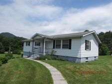 21 Charlyn Acres Dr, North Bend, PA 17760