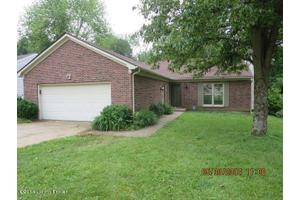 11304 Prince George Ct, Louisville, KY 40241