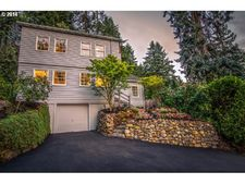 10655 Sw Collina Ave, Portland, OR 97219