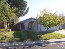 156 Silvey Acres Dr, Vacaville, CA 95688