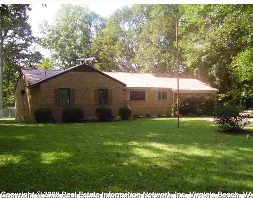 15425 Lawson Creek Ln, Smithfield, VA 23430