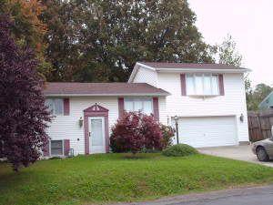 208 Greystone Ave, Seneca, PA