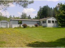7476 N Center Rd, Lyndon, NY 14737