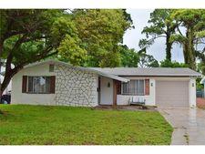 3935 Stratfield Dr, New Port Richey, FL 34652