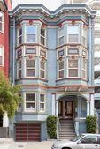 1040 Pine St # A, San Francisco, CA 94109