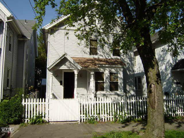 1362 Iranistan Ave, Bridgeport, CT 06605 Main Gallery Photo#1