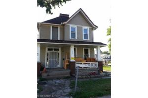 3264 W 31st St, Cleveland, OH 44109