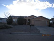 925 Hollow Park Ct Se, Rio Rancho, NM 87124