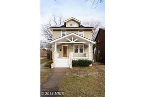 4007 29th St, Mount Rainier, MD 20712