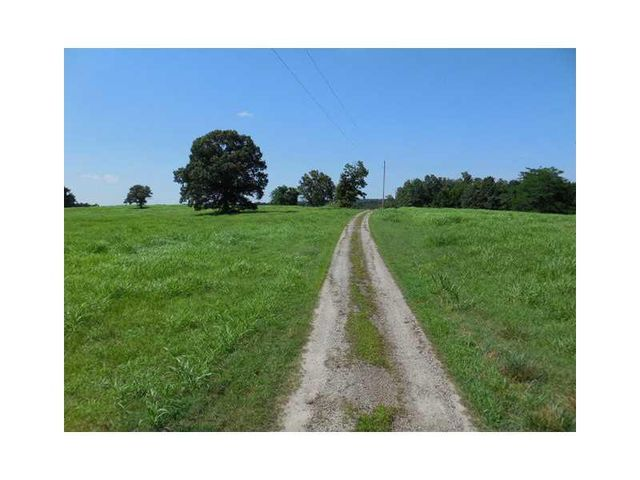 162 highway cedarville ar 72932 home for sale and real
