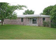 501 W Mccart St, Krum, TX 76249