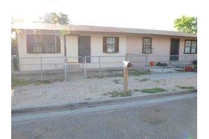 1802 Burnside St, Laredo, TX 78040