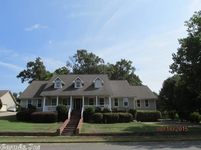 805 magnolia dr arkadelphia ar 71923 home for sale and real estate listing