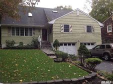 49 Hartman Hill Rd, Huntington, NY 11743