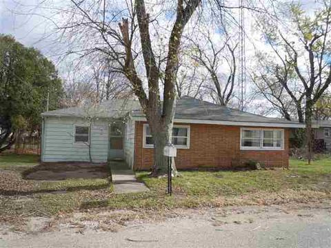 506 S Mc Gill St, Knox, IN 46534