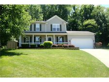 445 Appletree Ct, Painesville Township, OH 44077