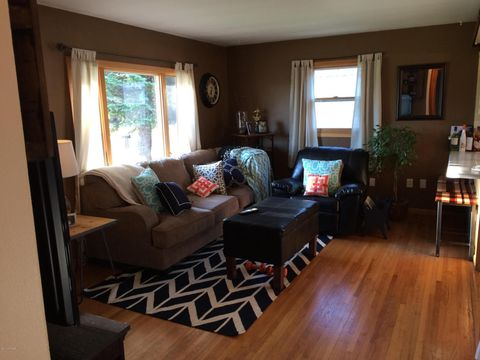 Photo of 304 3rd St Nw, Dilworth, MN 56529