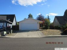 325 Cosmo St, Lafayette, OR 97127