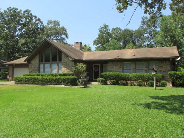 214 trailwood cir lufkin tx 75904 home for sale and for Home builders in lufkin tx