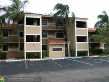 9847 Nob Hill Ct, Sunrise, FL 33351