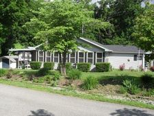 146 Point Dr, Monticello, KY 42633