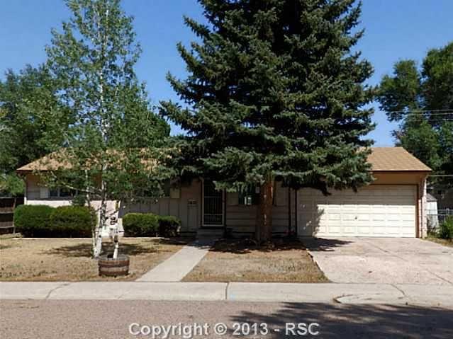 1621 Rosemont Dr, Colorado Springs, CO 80911