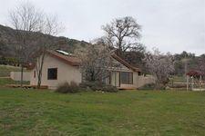 28051 Bear Valley Rd, Tehachapi, CA 93561