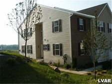 7101 Hunt Dr, Lower Mac Ungie Township, PA 18062