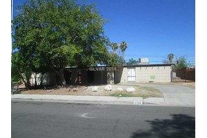 1108 James St, Las Vegas, NV 89101