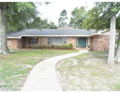 11 Wenmar Ave, Pass Christian, MS 39571