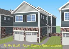 3011 Ledgestone Pl Ne Unit 16, Grand Rapids, MI 49525