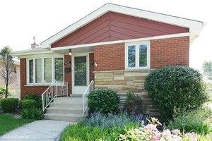 10705 S Kilbourn Ave, Oak Lawn, IL 60453
