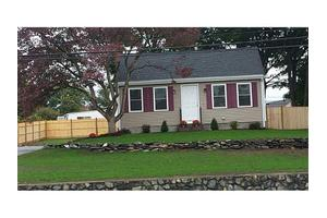 618 Fall River Ave, Seekonk, MA 02771