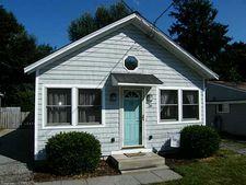 26 Hartford Ave, Old Saybrook, CT 06475