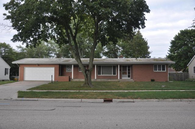 33 s lee st zeeland mi 49464 home for sale and real