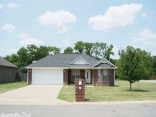 2 Gin Creek Dr, Searcy, AR 72143