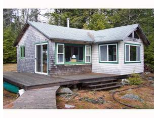 175 E Hopkins Pond Rd, Mariaville, ME